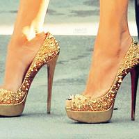 高跟鞋的美