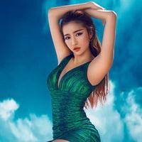 超级性感美女头像图片26