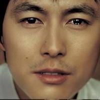 男人不哭男人的眼泪头像图片12