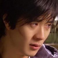 男人不哭男人的眼泪头像图片17