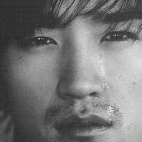 男人不哭男人的眼泪头像图片18