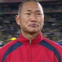 男人不哭男人的眼泪头像图片8