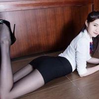 长腿美女性感长腿丝袜女生头像图片37