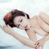 大胸美女性感大胸姐妹头像图片24