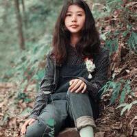 森林系女孩儿头像图片34