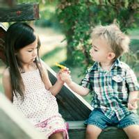 偶尔可爱情侣小孩儿情侣头像图片17
