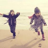 偶尔可爱情侣小孩儿情侣头像图片24