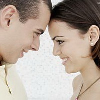 情侣深情对视凝望头像图片16