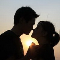 情侣深情对视凝望头像图片27