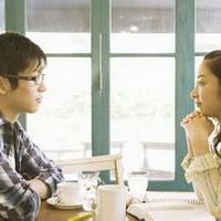 情侣深情对望凝视头像图片9
